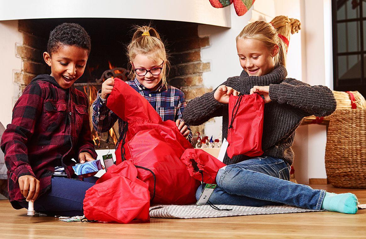 barn öppnar Forskarfabrikens julkalender